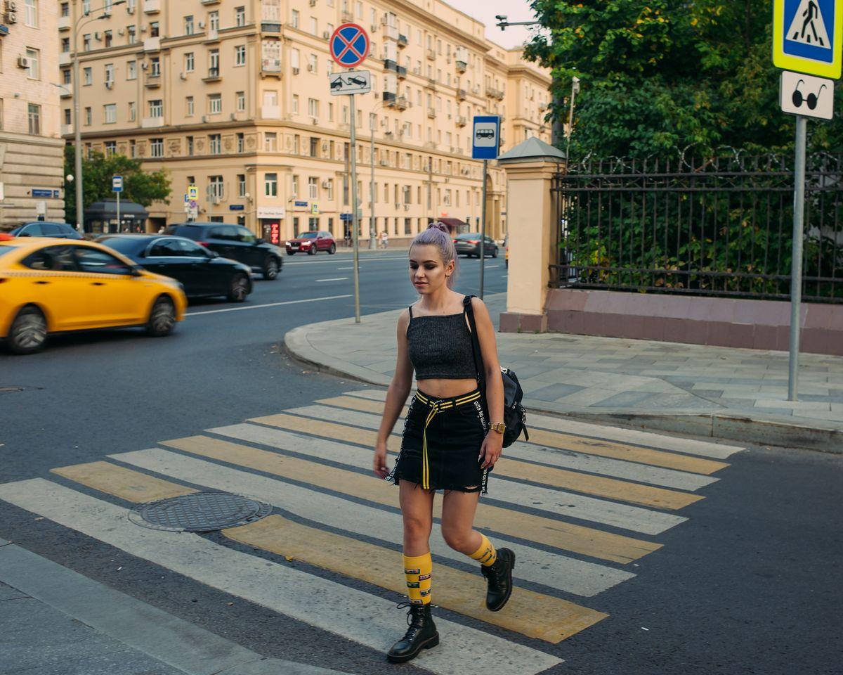 yellow женская съёмка в москве