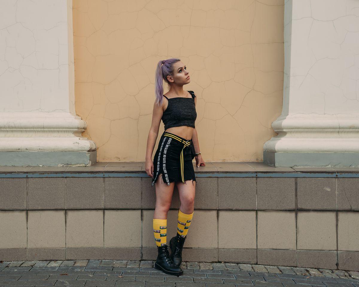 yellow женский портрет в москве